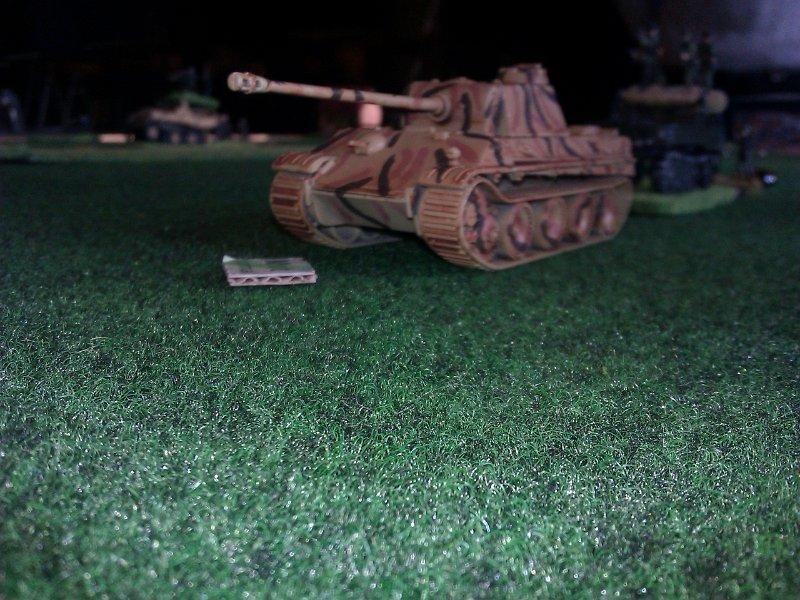 Les chars Panther, non rodés, ont subi des pertes par casse du moteur...