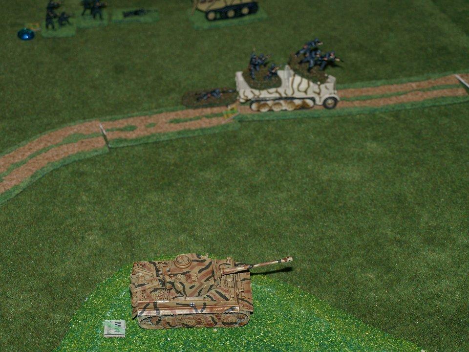 Les Tigres résistent mais sont surpris par les chars russes.